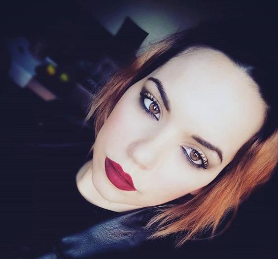 Partner - MakeUp Nina